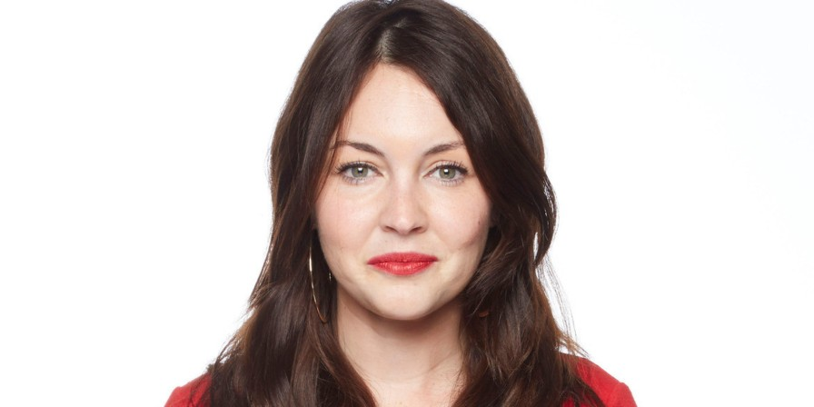 ctress-lacey-turner-reveals-a-pair-of-flip-flops-saved-her-life-after-electric-shock