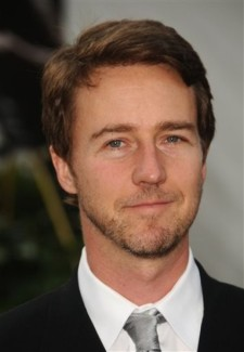 """Actor Edward Norton arrives at the season opening of the Metropolitan Opera, with the new production of """"Tosca"""", in New York, on Monday, Sept. 21, 2009. (AP Photo/Peter Kramer)"""