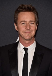 edward-norton-raises-funds-for-syrian-refugee-profiled-on-humans-of-new-york
