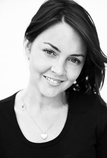 lacey-turner-picture